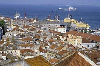 Hausdächer in Lissabon