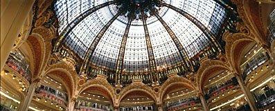 Glaskuppel im Kaufhaus Galleries Lafayette in Paris,Shopping in Paris,Kuppelbau,Glaskuppel,Jugendstil