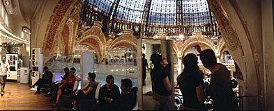 Galleries Lafayette in Paris,Shopping in Paris,Kuppelbau,Glaskuppel,Jugendstil