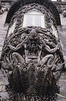 Erker an der Fassade des Pena Palastes in Sintra Portugal