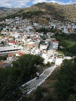 Kleines Städten in der Bergen von Kreta