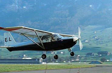 Kleinflugzeug beim Start