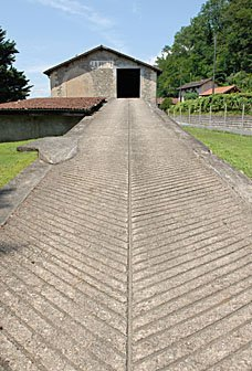 Landwirtschaftsgebäude Tessin