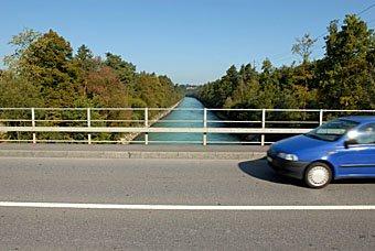Brücke über Aare nach Thun