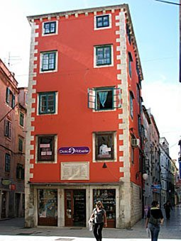 Hausfassade in Split