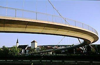 Brücke für Fussgänger in Kehlheim an der Donau